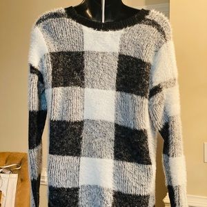 Hippie Rose Sweaters - Woman's sweater